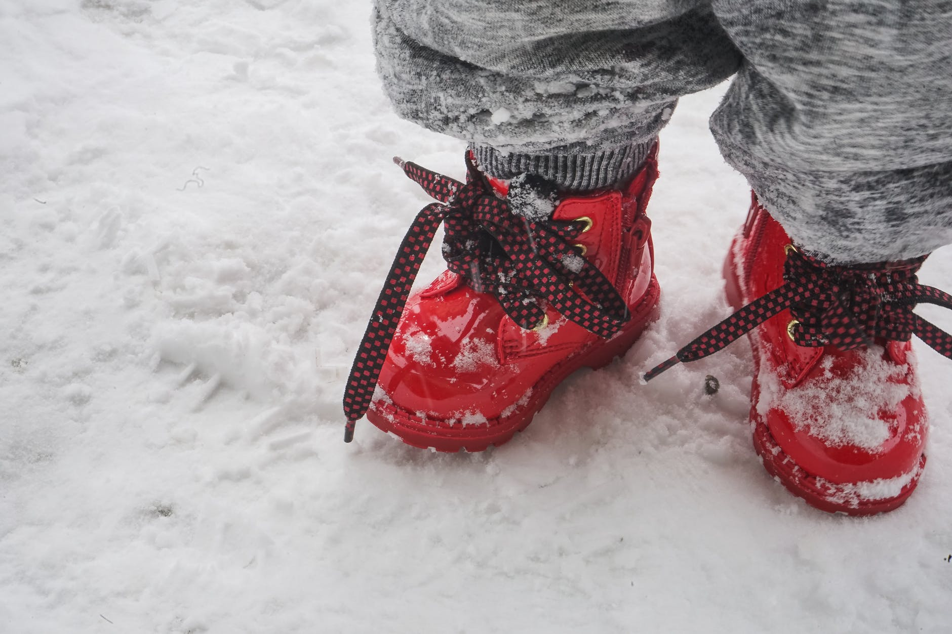 Snow Boots: Protecting Your Feet from Cold and Winter Season